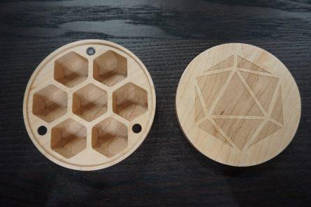 Maple Round Dice Case